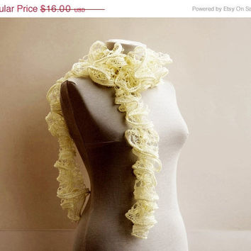 SALE Cream crochet scarf Ruffle scarf Fall fashion by Ayca on Etsy