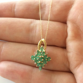 Delicate Vintage Signed 14k Gold chain with a 13 Columbian Emerald Stone Diamond Shape Pendant 18 inch