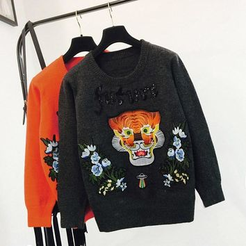 New Women Autumn Tiger Embroidery Sweater Sequin Letters Print Sweater Pullover Long Sleeve Fashion Jumper Christmas Sweater