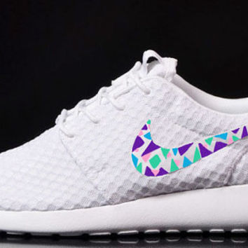 low priced 6c4cd 0516c Womens Custom Nike Roshe Run sneakers, triangles, purple, pink, teal, blue