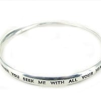 4030241 Jeremiah 29:13 Twisted Bangle Christian Religious Scripture Seek & Find