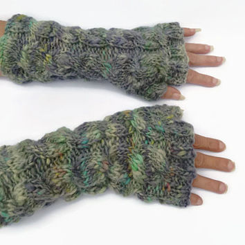 chunky cable fingerless gloves wrist warmers uk seller