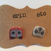 Handmade Plastic Fandom Earrings - Cartoon - Sugar Skull Sally & Jack
