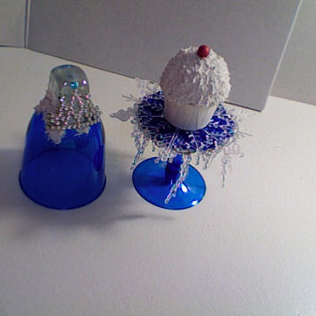 Frozen...(set of 4) Queen Elsa themed mini cupcake stands