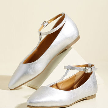 From Trip to Toe Vegan Flat in Silver | Mod Retro Vintage Flats | ModCloth.com