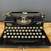 1920s Royal Model P Typewriter w' New Ribbon and Case by sevenbc