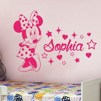 Cute Minnie Mouse With Custom Personalized Baby Name Vinyl Wall Sticker For Baby Kids Bedroom Sweet Decor Art Wlal Mural D-326