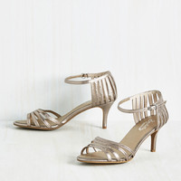 Seychelles Song and Dance Heel in Pewter | Mod Retro Vintage Heels | ModCloth.com