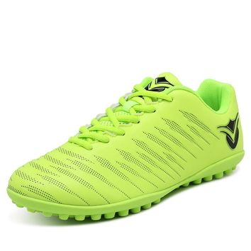 New Turf Soccer Shoes For Men Indoor Football Boots Blue Green Soccer Shoes Men Leather Sport Trainers