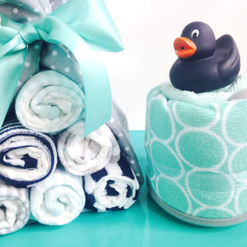 Bathing Baby Bath Set | Baby Shower Gift | Baby Washcloths and Hooded Towel