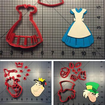 Popular Film Alice in Wonderland Character Cookie Cutter Fondant Cupcake Top Mould Made 3D Printed Cheshir Cake Decoration Tools