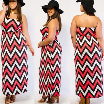 Plus Size Neon Pink Black And White Chevron Tube Boho Chic Maxi Dress Size 3X