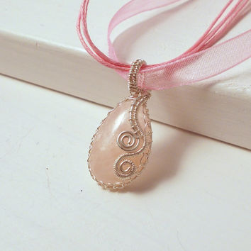 Soft Pink Morganite Silver Pendant Necklace,  Sterling Silver Wire Wrapped Necklace, OOAK Jewelry
