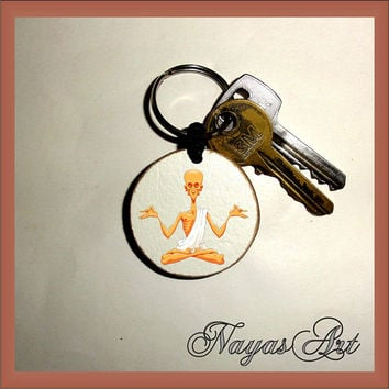 Yoga Keychain personalized. Accessories Yoga master keyring. White Wood Handmade Keyring Keychain. Unique keychain Wooden natural slice gift