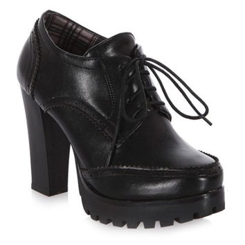 Black Plaid Lining Boots With Platform and Lace-Up Design