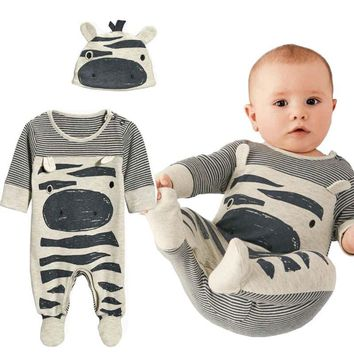 2017 Autumn New Fashion baby boy clothes set cows cute gray striped baby rompers+hat 2pcs newborn  baby clothing set