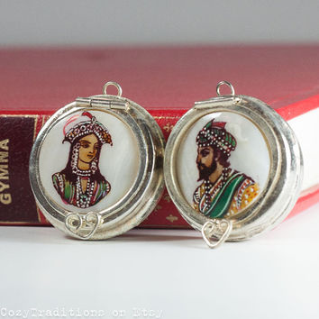 Photo Locket Pendant Cameo, Pair of Indian Large Hand Painted on Mother of Pearl Lockets / Trinket, Man and Woman / King & Queen