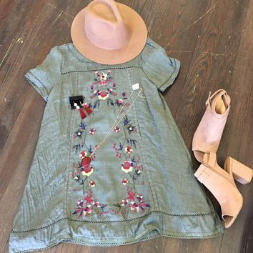Island Dreams Embroidered Dress: Olive