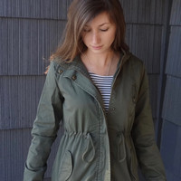 Army Green Drawstring Hooded Jacket