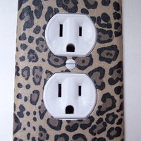 Cheetah Animal Print Outlet Plate
