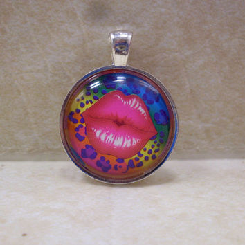 Lisa Frank Leopard Print Pink LIPS Vintage Sticker Circle Pendant Charm Necklace