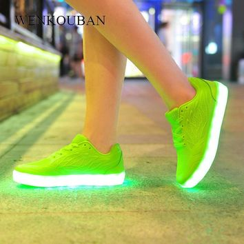 LED Shoes Women Glowing Sneakers Glitter Casual Shoes Female Led Luminous USB Recharge Neon Fashion Sneakers Zapatos Mujer
