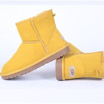 """UGG"" Women male Fashion Wool Snow Boots Yellow"