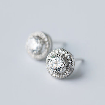 Sterling Silver Earring with CZ diamonds, Cluster Earring, CZ diamond earring, cubic zirconia diamond, Bridal Earring, Bridesmaid Earring