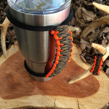 Paracord Yeti Rambler Handle Grip for 20 or 30 oz. Camo / Safety Orange with free matching keychain