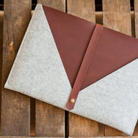 "13 Inch MacBook Air Sleeve ""Rough Edge"" - leather, wool felt"