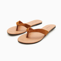 Basic Short Vamp Flip Flops | Wet Seal