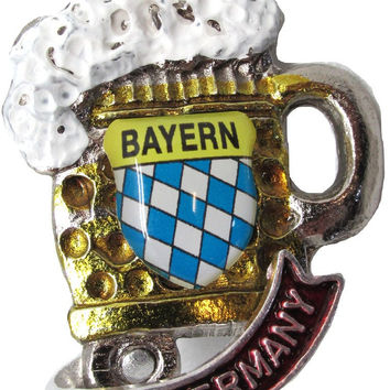 Oktoberfest Beer Mug Deluxe Collectible German Hat Pin