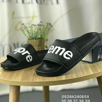 Supreme 2018 new tide brand fashion stylish slippers for men and women F-CSXY black