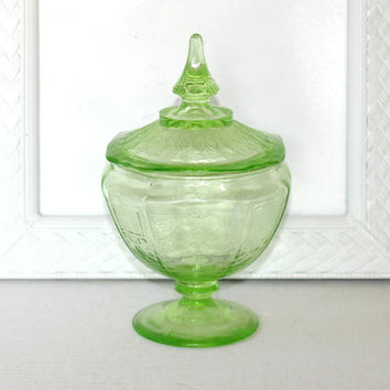 Vintage Depression Glass Green Compote Dish with Lid Princess Pattern Hocking Glass , Covered Compote