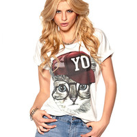 White Cat Baseball Cap Print T-shirt