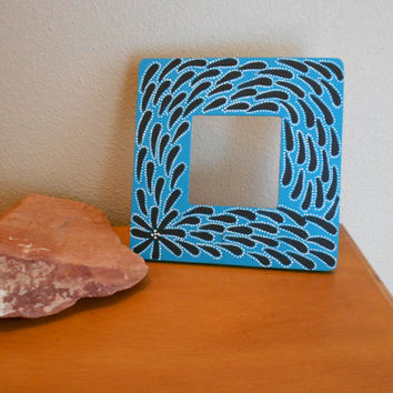 Painted Frame Turquoise and Black Aboriginal Inspired by Acires