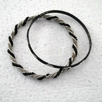 Vintage Jewelry Bangle bracelet black silver bangles 2 pcs bangles vintage jewelry bracelet black silver treasuresRtimeless