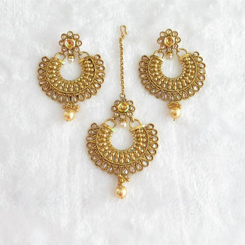 Wedding Bridal Gold Chaand Bali Earrings Tikka Jewelry Studded With Kundan Crystals/Ethnic Temple Jewelry/Ram Leela Moon Round Earrings