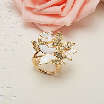 Alloy Crystal Butterfly Three-Ring Scarves Buckle Brooch