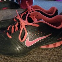 Nike Reax size 10 in women's
