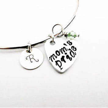 Mom's pride bangle bracelets, personalized initial, gift for daughter bracelet initial bangle heart bracelet hand stamped charm gift for her