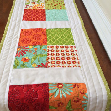 Quilted table runner, Quilted table topper, Spring table runner, Spring table topper