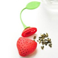 Strawberry Tea Infuser / Cute Kawaii Strawberry Tea Infuser for Loose Leaf Tea / Silicone Tea Strainer / Filtering / Tea Steeping