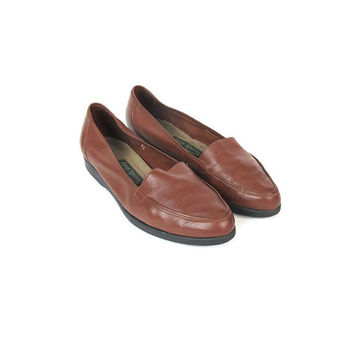90s Brown Leather Flats Slip On Loafers Comfy Flats Butter Soft Leather Walking Shoes Slip On Shoes Pointy Toe Chocolate Brown Flats Size 8