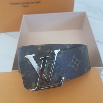 Men's Louis Vuitton Belt Monogram Reversible 90