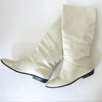 20% OFF SALE Vintage tall off white Boots. Vintage Knee Boots. women's Leather Boots. Slouchy Leather Boots. Fold Over Boots.