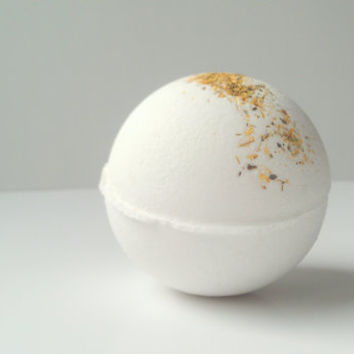 White Tea and Ginger  Bath Bomb by ZEN-ful, Bath Bomb All Natural, Gift Ideas, Gifts For Her