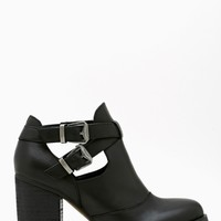 Flux Buckled Boot