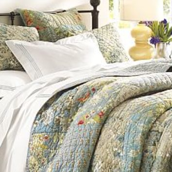 Quilts, Patchwork Quilts & Quilt Sets | Pottery Barn