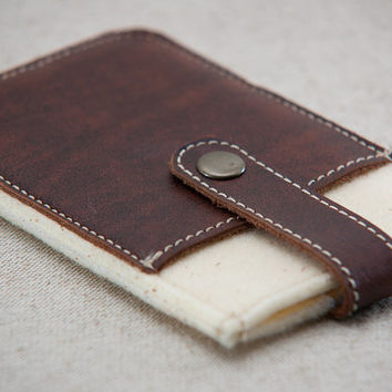 iPhone felt case. iPhone 4s case with metal button closure and pocket. Cream felt iPhone sleeve. Leather IPhone case.
